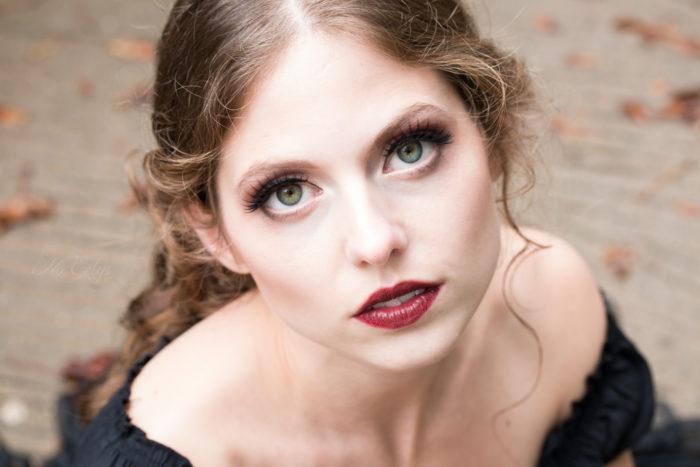 Portrait gothique, Modèle Catharina Elisabeth, Photo et maquillage par Nö Eelys / Le Boudoir de Nö, coiffure par Findelë's Secrets